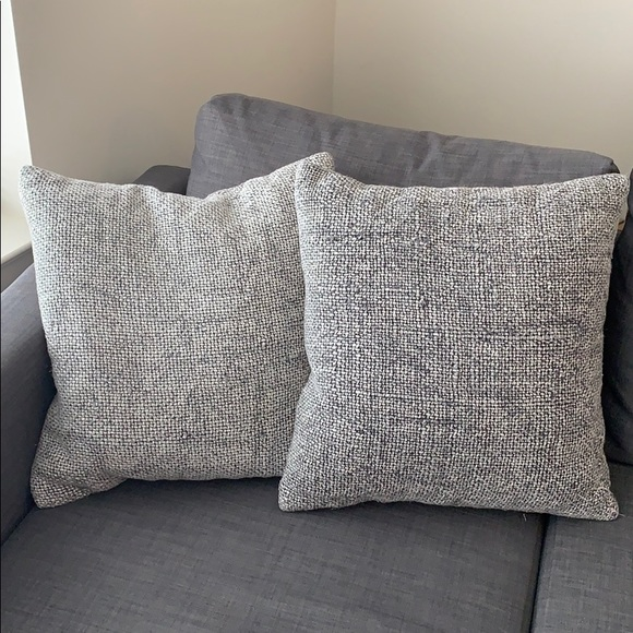 Pottery Barn Accessories Euc Decorative Pillows Poshmark
